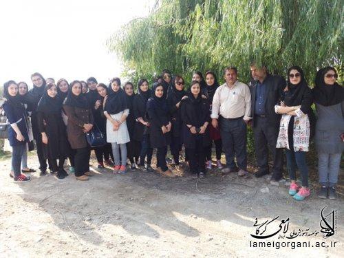 اردوی تفریحی دانشجویان رشته روانشناسی به روستای کریم آباد با حضور مدیر گروه رشته روانشناسی مؤسسه